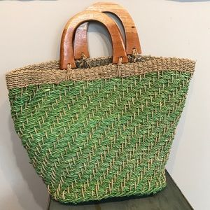 Woven Jute Bag With Wood Handles